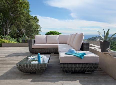 Muebles de jardín, relájate y toma asiento